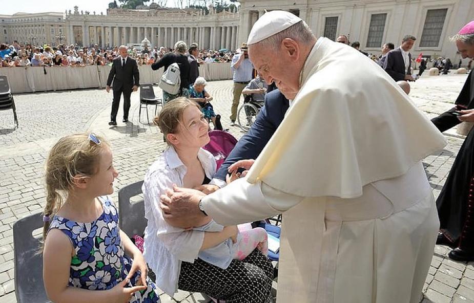 Rok temu żona prezydenta poprosiła papieża o modlitwę za Marysię. Teraz mogli się spotkać [ZDJĘCIA]