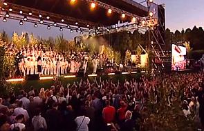 """Rzeszów: koncert """"Jednego Serca Jednego Ducha"""" zgromadził 50-tysięczną widownię"""