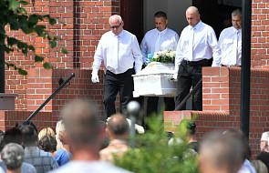 Dolnośląskie: pogrzeb 10-letniej Kristiny na cmentarzu w Żarowie