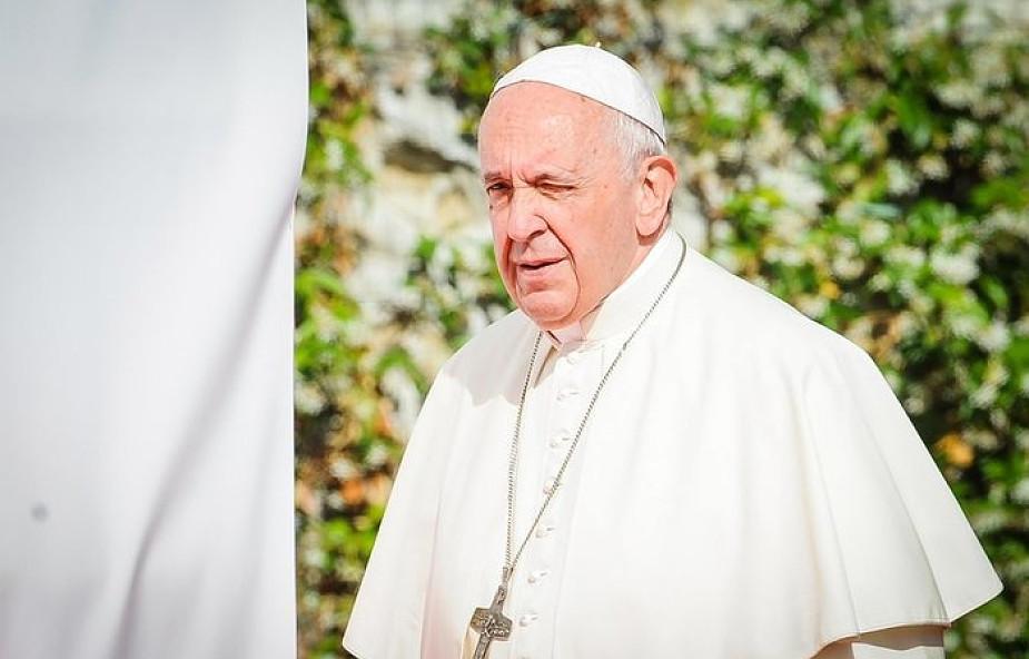 Papież do więźniów: jesteśmy grzesznikami, ale możemy powstać