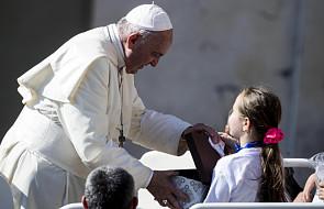 Papież Franciszek apeluje: nie marnujmy żywności i wody!
