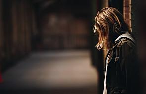 """""""Latami próbowałam leczyć depresję modlitwą. Byłam ślepa"""" [ŚWIADECTWO]"""