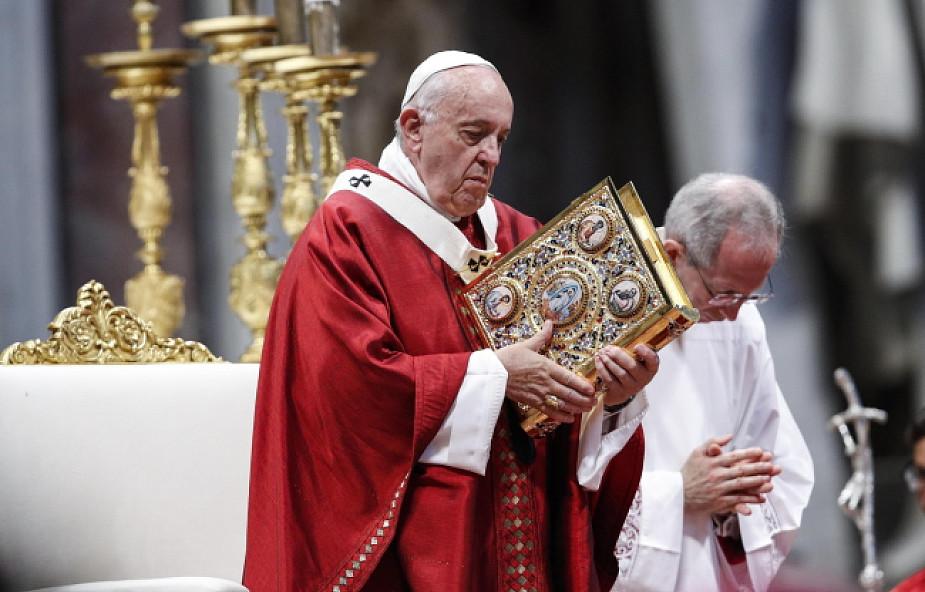 Mocne słowa Franciszka: biada tym, którzy podążają za Jezusem dla kariery