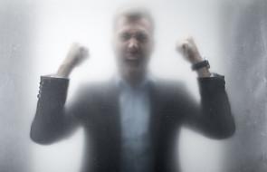 Komu grozi gniew Boga? Biblia wymienia jasno konkretne typy ludzi