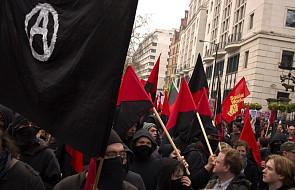 Turyn: anarchiści przerwali kazanie arcybiskupa w katedrze. Domagali się uwolnienia dwóch towarzyszek