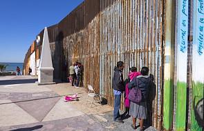 Molestowanie i głód. Piekło dzieci w ośrodkach dla migrantów