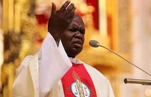 O. John Bashobora: Bóg dał Ci przywilej bycia katolikiem, raduj się w tym przywileju