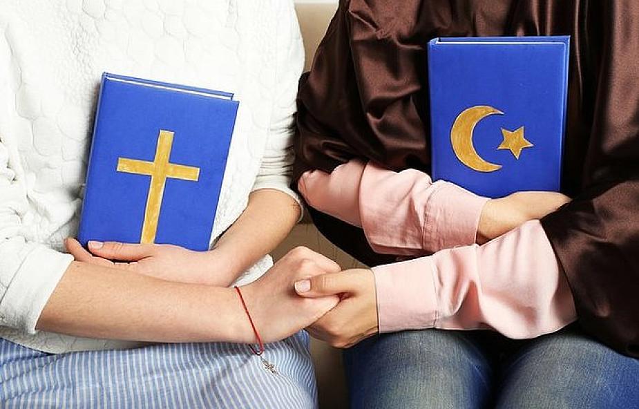 """Chrześcijanie i muzułmanie modlą się razem w intencji pokoju na świecie. """"Te spotkania są unikatowe"""""""