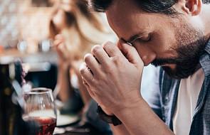 Jak osiągnąć wewnętrzny spokój? Doświadczony ojciec duchowy ma jedną, skuteczną metodę