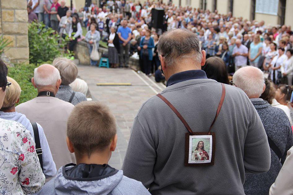 Czerna: rozpoczęły się uroczystości odpustowe w sanktuarium Matki Bożej Szkaplerznej - zdjęcie w treści artykułu