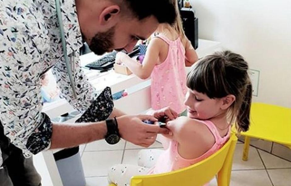 """""""Nie widziałem nigdy takiego dziecka"""". Jej historia zachwyca nie tylko lekarzy"""