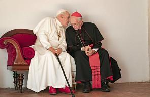 Co Benedykt zdradził Franciszkowi? Takiego zdjęcia dwóch papieży jeszcze nie widzieliście