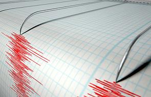 Co najmniej osiem ofiar śmiertelnych trzęsienia ziemi na Filipinach