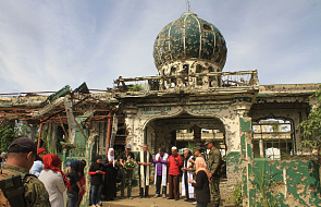 Wspólna modlitwa chrześcijan i muzułmanów w zrujnowanych przez dżihadystów katedrze i meczecie