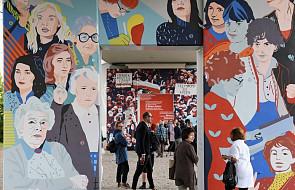 """Gdańsk: odsłonięto mural """"Kobiety Wolności"""" upamiętniający działaczki """"Solidarności"""""""
