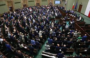 Sejm uchwalił ustawę wprowadzającą zerowy PIT-u dla osób do 26. roku życia