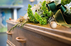 """Dzisiaj odbył się pogrzeb ks. Wojciecha Czarnowskiego. """"To był niezwykły kapłan i człowiek"""""""