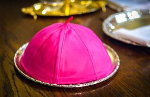 Jeden z biskupów o sytuacji wśród katolików: wszyscy jesteśmy winni, biskupi i księża