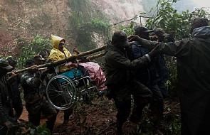 Papież solidaryzuje się z ofiarami cyklonu w Indiach