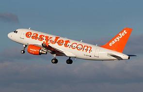 Pracownik lotniska chciał, by pasażerka zapłaciła za wniesienie na pokład torby z lekami