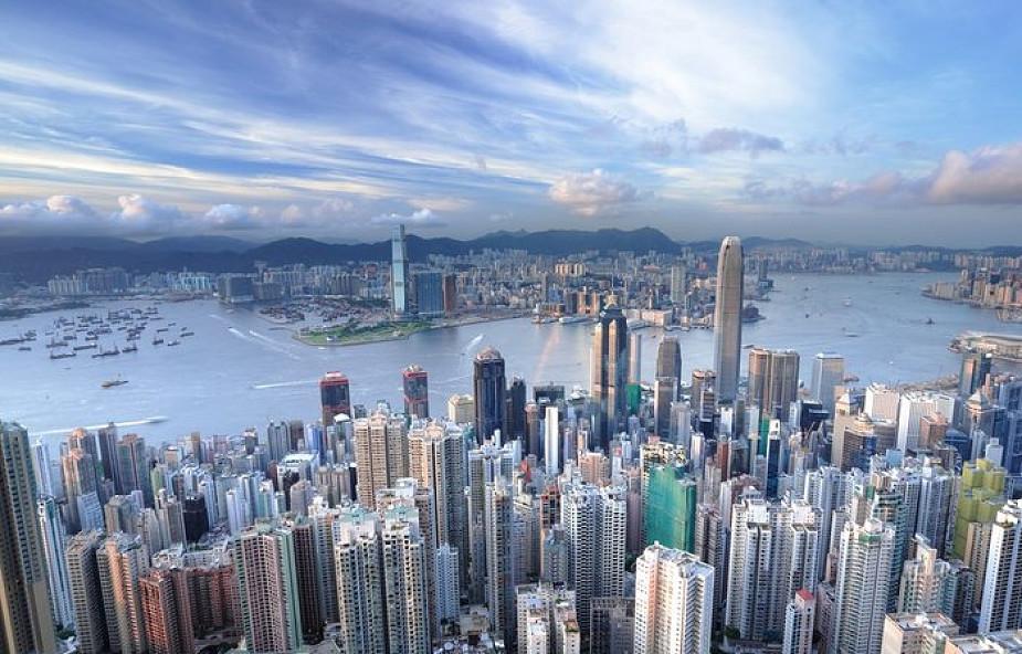 Hongkong: 2 mln na manifestacji - katolicy modlą się o nadzieję