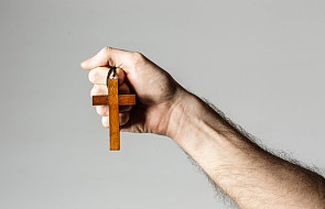 """Łatwo wykopać kogoś z Kościoła, nawet """"zwykłych"""" katolików [WYWIAD]"""