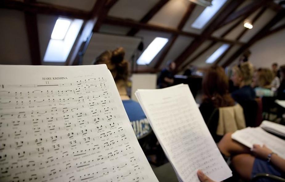 Czerna: niezwykły album muzyczny z chorałami karmelitańskimi