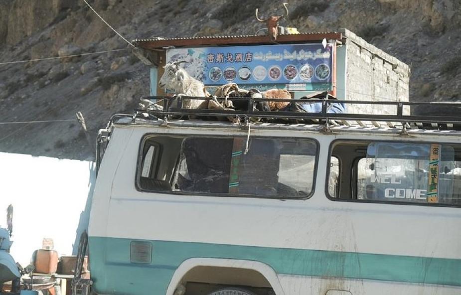 Pakistan: autobus wpadł do rzeki - co najmniej 24 osoby nie żyją