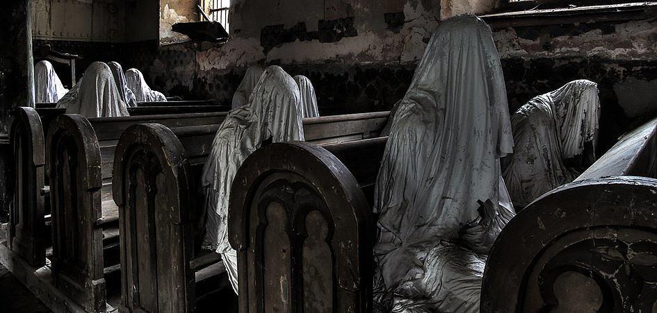 Kościół przeznaczony do rozbiórki uratowany dzięki… przerażającej instalacji - zdjęcie w treści artykułu nr 1