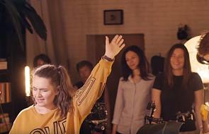 """Pomódl się tą piosenką: """"wielbię cię, prowadź mnie"""" [WIDEO]"""