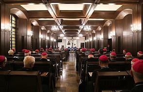 Tomasz Krzyżak: biskupi w pułapce rządzących. Spór o LGBT wciągnął Kościół w środek kampanii wyborczej