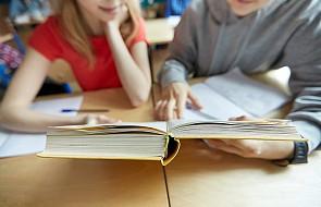 W. Brytania: polemika wokół nowych wytycznych dot. edukacji seksualnej