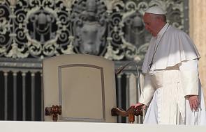 Papież: świadectwo jest podstawowe w ewangelizacji