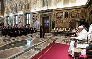 Papież: mamy być żyjącymi znakami Miłości, którą głosimy