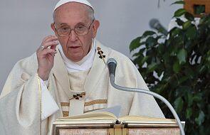 Papież wyraził solidarność z ofiarami pożaru w greckim obozie dla uchodźców