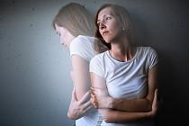 Lęk paraliżuje Cię w różnych sytuacjach? Jedna z tych metod pomoże go opanować