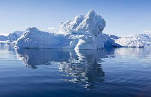 ONZ ostrzega: oceany coraz cieplejsze, topią się lodowce