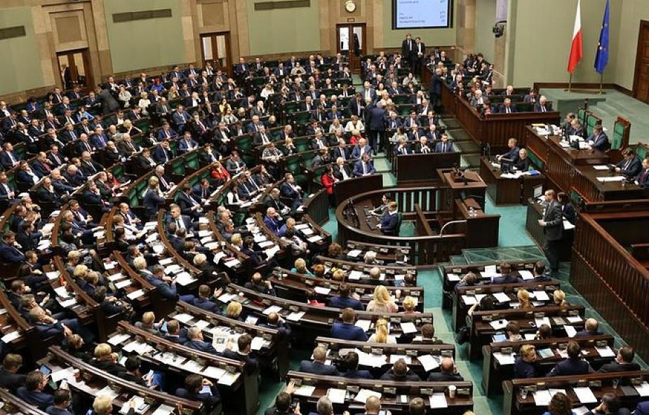 PKW: zarejestrowano 5 komitetów ogólnopolskich w wyborach do Sejmu