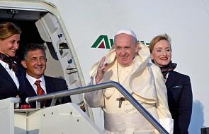 Franciszek rozpoczął swoją podróż do Afryki. Na miejscu będzie o 18.30
