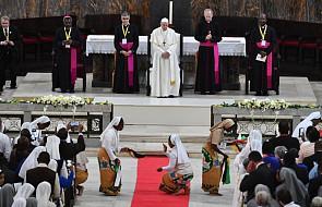Franciszek zachęcił duchowieństwo Mozambiku do ożywienia swego powołania