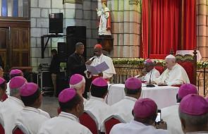 Franciszek do biskupów Madagaskaru: pasterz, który sieje, unika kontrolowania wszystkiego