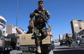 Afganistan: pokój możliwy po powstryzmaniu się talibów od przemocy