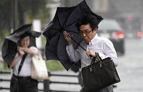 Japonia: troje zabitych i 40 rannych po przejściu tajfunu Faxai