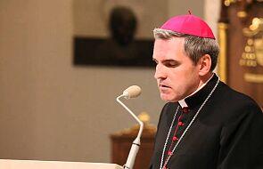 Bp Nitkiewicz: praktyka religijna, to również codzienne życie i relacje z innymi