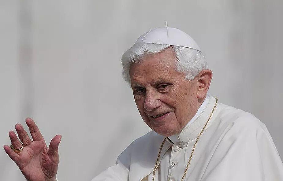 Benedykt XVI przerwał milczenie. Wypowiedział się o celibacie księży