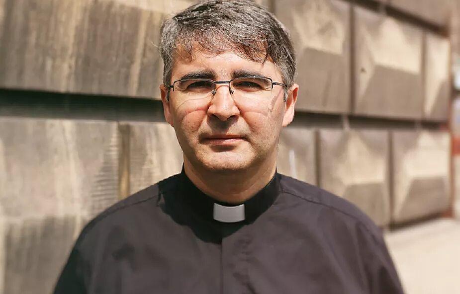 Klerykalizm to choroba, która sprowadza Kościół do duchownych i ich przywilejów