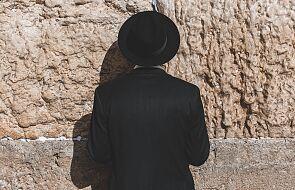 """""""Kto spotyka Jezusa, spotyka judaizm"""". Co Kościół mówi o judaizmie?"""