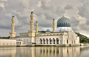 Indonezja liczy swoje meczety z pomocą dronów i walczy z islamskim radykalizmem