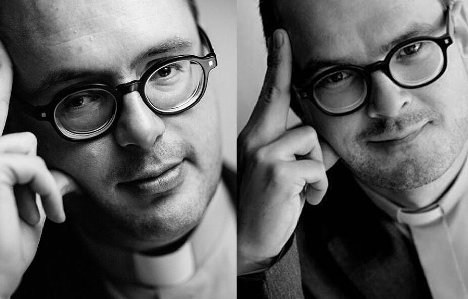 Są pierwsze zdjęcia Dawida Ogrodnika w roli ks. Kaczkowskiego. Podobieństwo jest niezwykłe!