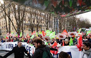 Paryż: kolejna demonstracja przeciw in vitro bez ojca